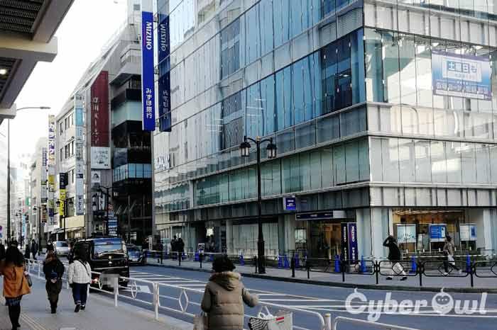 ラココ 立川駅前店